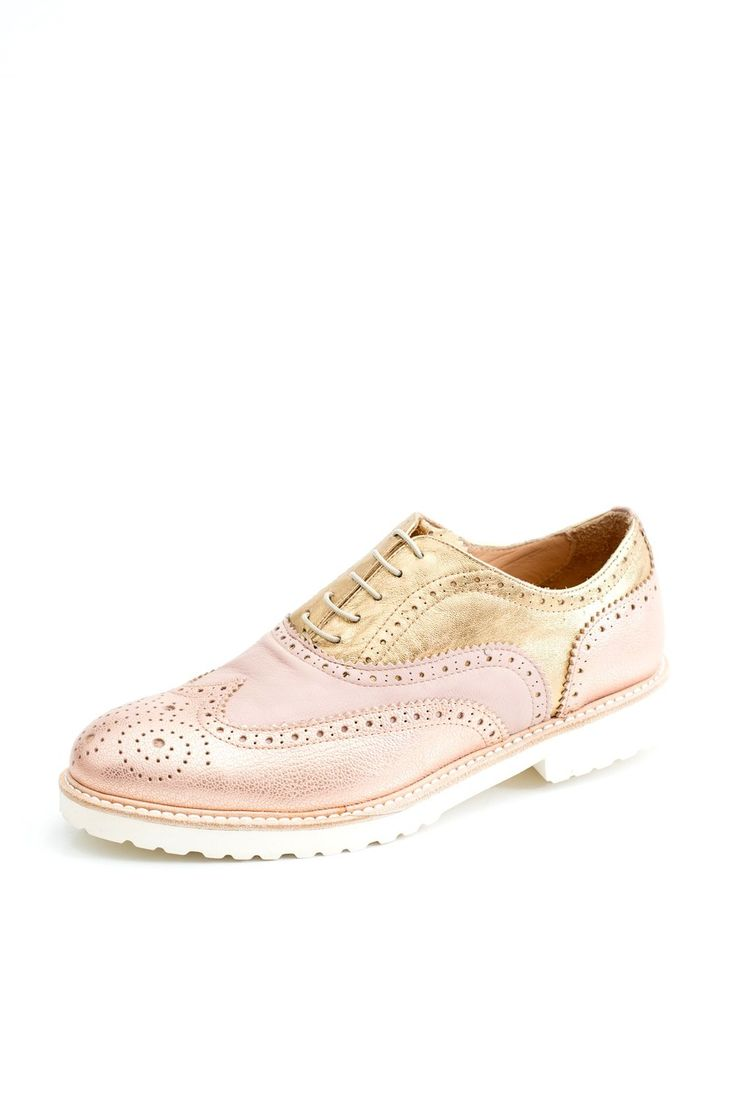 The classically styled brogue perfect for every occasion. Popular with the trend setters, the travelers, the comfort hunters and the dancers of the world. They feature various leathers (combinations as chosen by us here exclusively in cherri bellini) Handmade, featuring beautiful broguing.