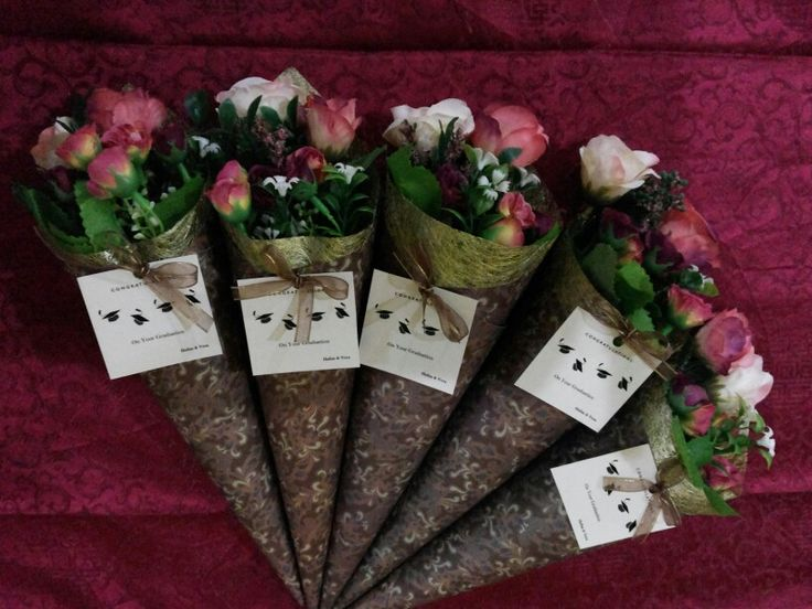 DIY floral cones for graduates