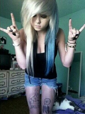 emo girl blond and blue hair