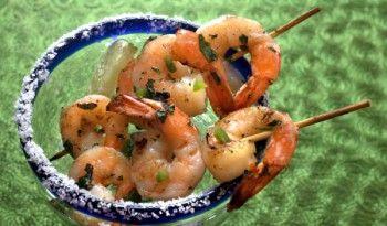 Margarita Karides Tarifi en sevdiğim kokteyl tariflerinden, bir kere karidesin ızgarası zaten şahane oluyor. #margarita #ızgara #karides #marinara #sos #meksika #yemekleri #mutfağı #pratik #leziz #sevgililer #günü #tarifleri #kolay #değişik #tarifler