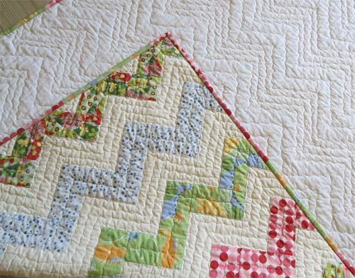 250 best images about Chevron Quilts on Pinterest Triangle quilts, Chevron quilt tutorials and ...