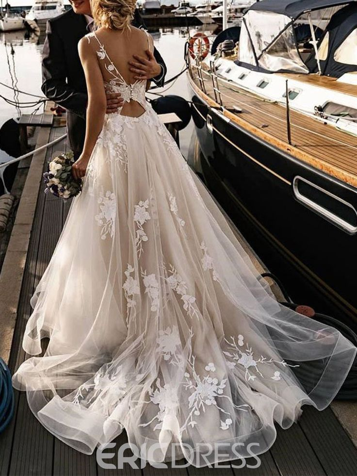 Ericdress Bateau A-Line Court Button Garden/Outdoor Wedding Dress 2020 18522488 - Ericdress.com