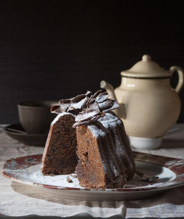 Δοκιμάζουμε το νέο αλεύρι Κέικ Φλάουρ της ΑΛΛΑΤΙΝΗ σε ένα υγρό και αφράτο κέικ με παντζάρι και κουβερτούρα.