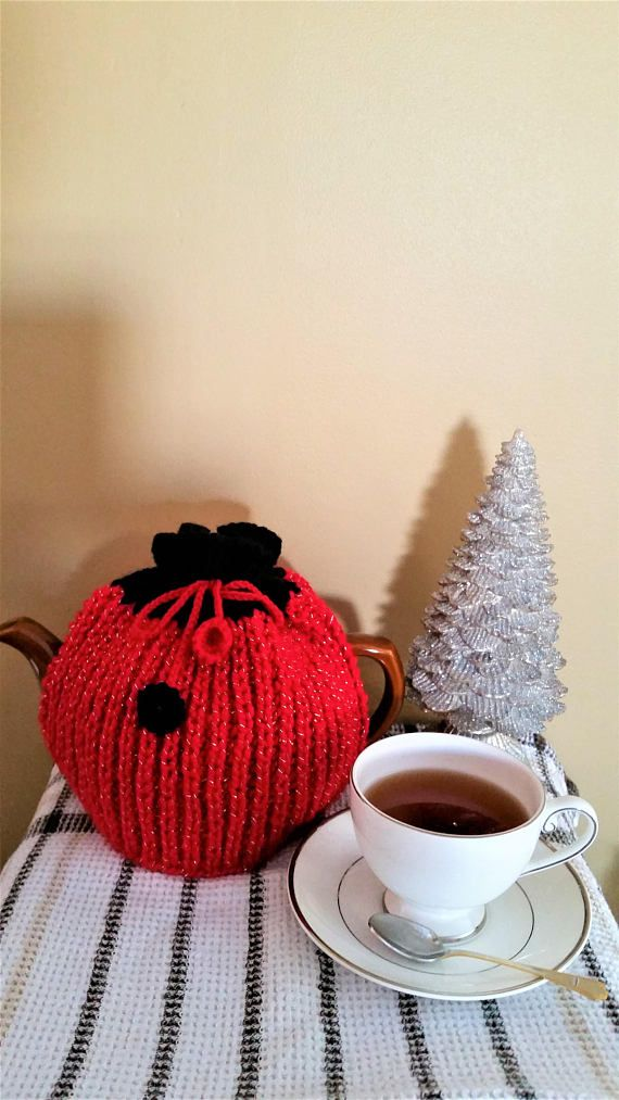 Knitted tea cozy  yarn teapot cover  knitted teapot cozy