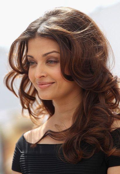Aishwarya Rai hair style 2014, http://celebrityhairstyle.tk/?p=418