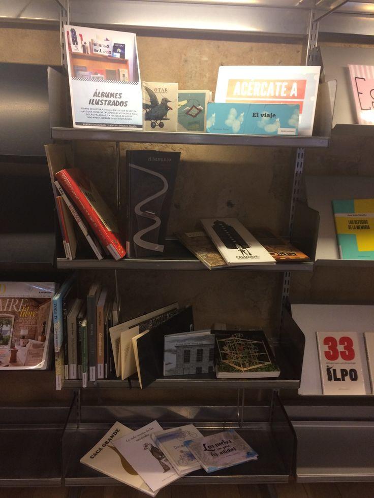 Acercate a conocer en este mes de julio de 2017 la Sección de Álbunes ilustrados. 1ª planta de la Biblioteca junto al ESCAPARATE.