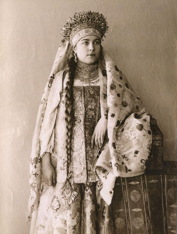 Local fashion: Russian beauties of the 19th century in traditional costumes. Northern Russia, province of Vologda.
