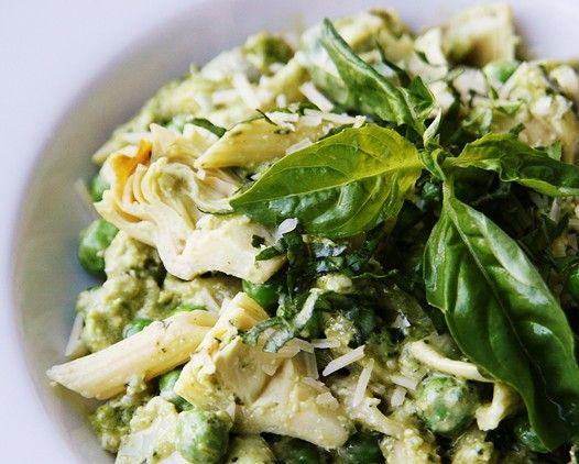 For the love of Pagliacci: Pesto Salad Pasta RecipeFun Recipe, Pasta Recipes, Pesto Pasta, Pesto Recipe, Pesto Peas Artichokes, Artichokes Pasta, Sweets Peas, Pasta Salad Recipe, Pesto Salad