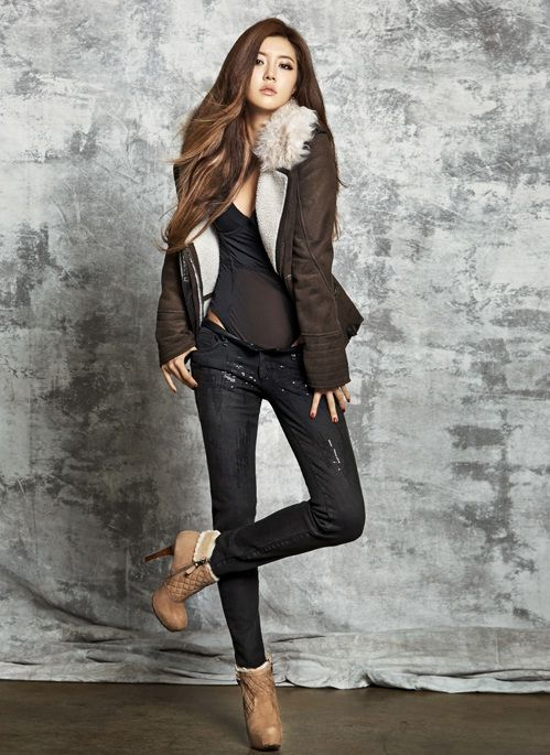 Han Byul Park with GUESS    #박한별