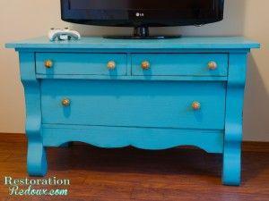 Turquoise Chalkpainted Lowboy http://www.restorationredoux.com/?p=218