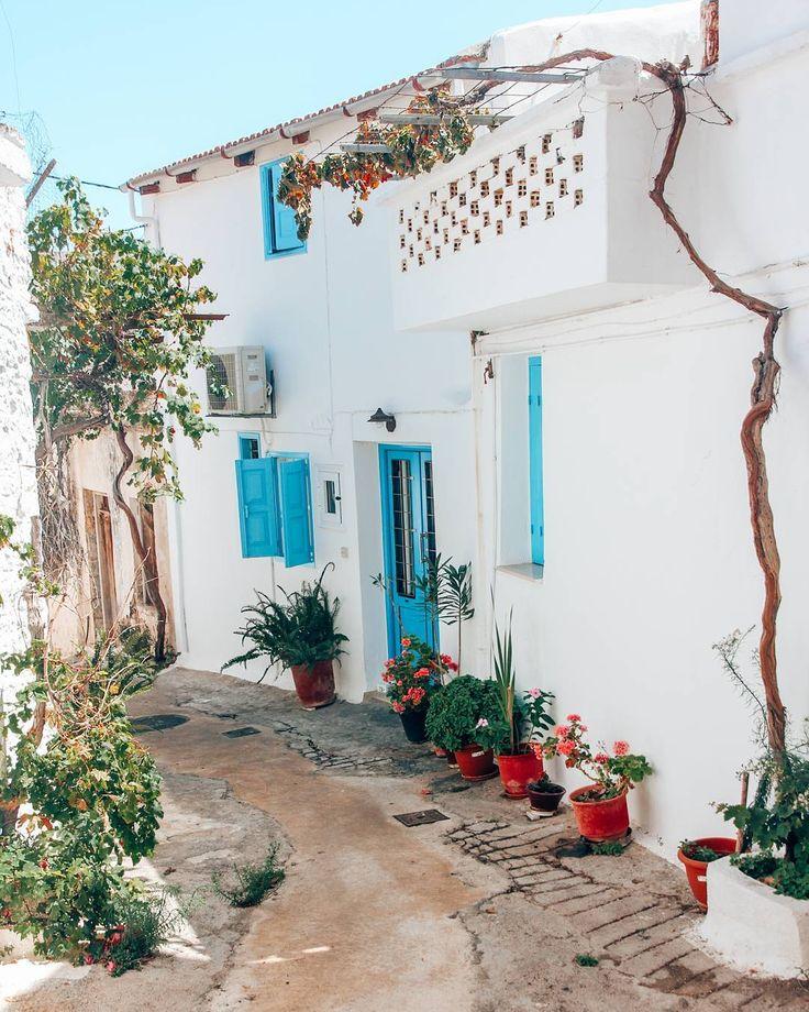 Instagrammer travellust_nl verkende Kreta, Griekenland met een huurauto. Deel ook je roadtrip plezier en plaats de hashtag #MetEenHuurautoZieJeMeer bij je foto's op social media.