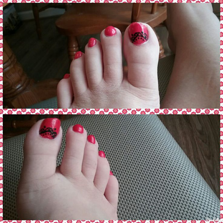 Red toes what color nails with coral dress
