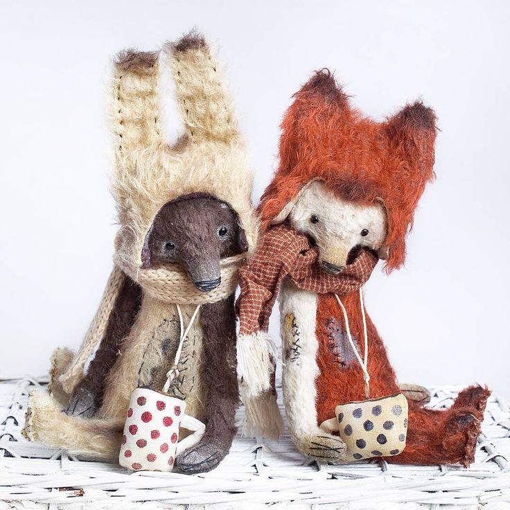237 отметок «Нравится», 11 комментариев — Татьяна Неро (@tatyana_nero) в Instagram: «Вот они, два друга! Мишки в костюмах зайца и лисенка. Подробное описание под предыдущими фото.…»