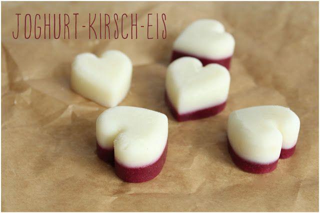 Aus der Küche: Einfaches Joghurt-Kirsch-Eis.