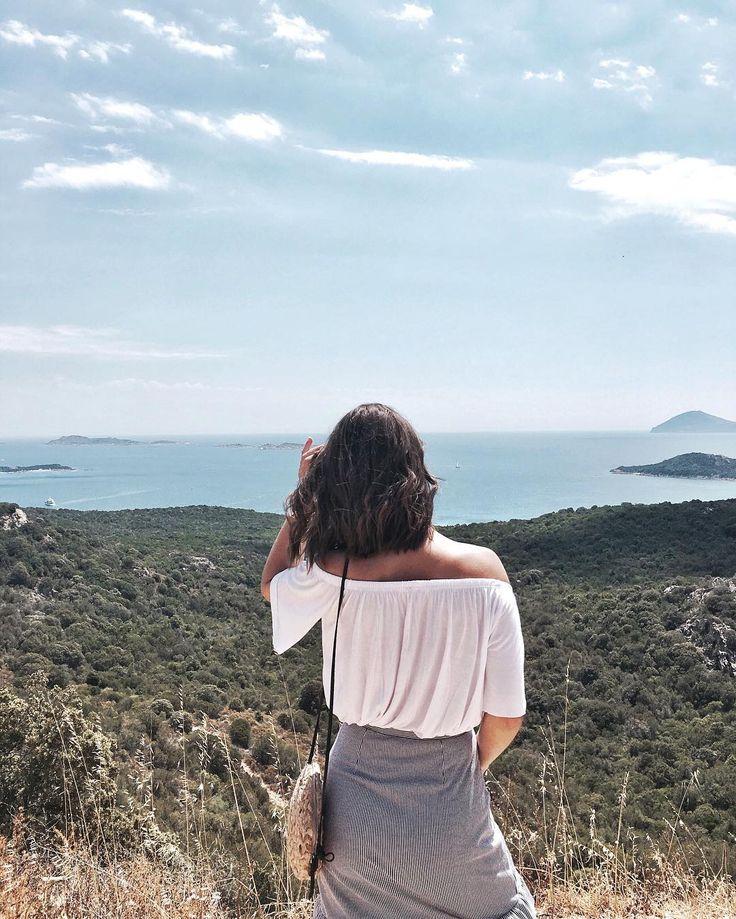 """Sardinia """"Enjoying this view 🙌🏼🌱 #sardinia #italy"""""""