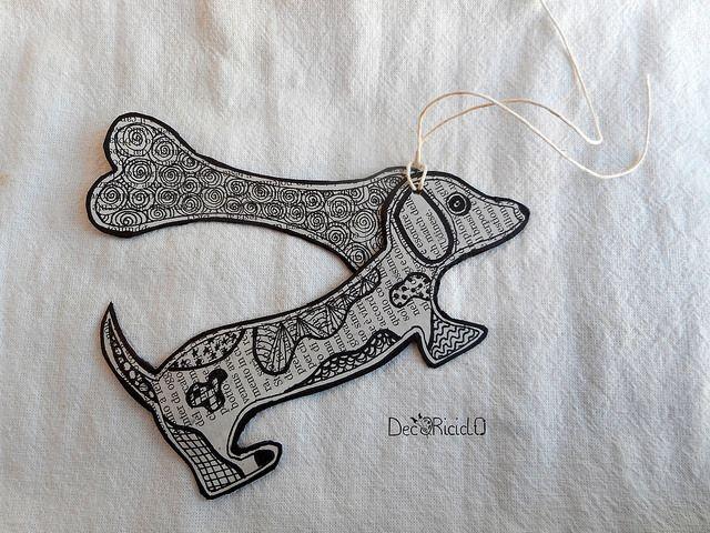 decoriciclo: tag bassotto con osso Zentangle Inspired Art