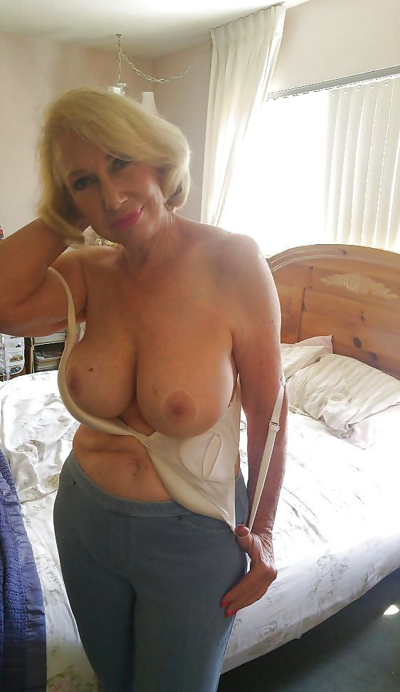 booty milfs nude npics