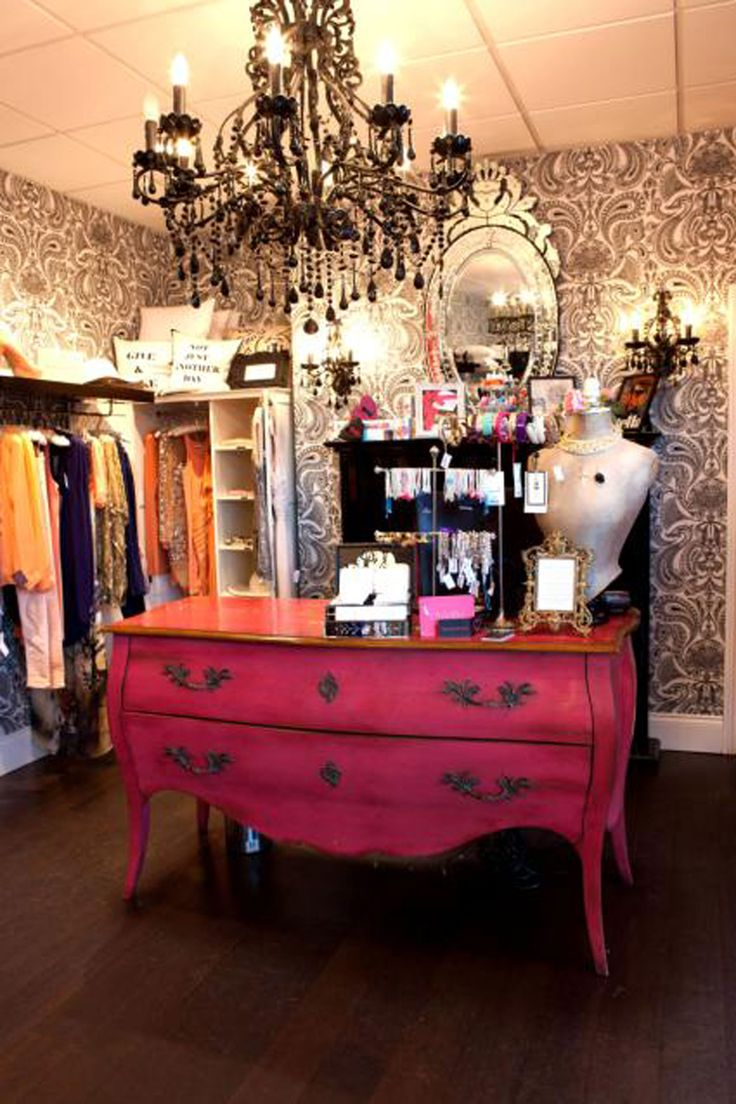 French Boutique Decor Ideas - High School Mediator