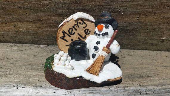 Vrolijk Yule sneeuwpop deoration yule altaar decor, winter zonnewende, midwinter decor, heidense Kerstmis home decor, de idee van de gift van de yule, heidense geschenken