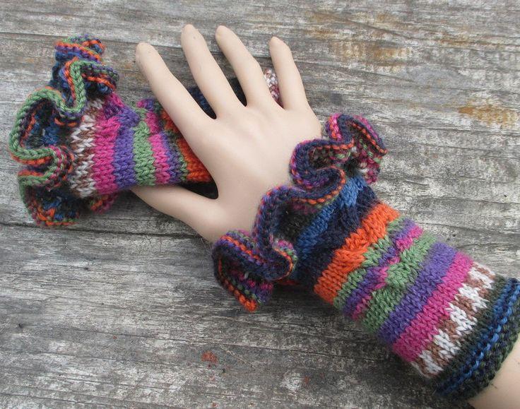 Kit à tricoter manchettes volantées de la boutique Sylviecambet sur Etsy