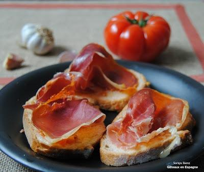 recette de pain la tomate et au jambon serrano cuisine recettes pinterest espagnol. Black Bedroom Furniture Sets. Home Design Ideas