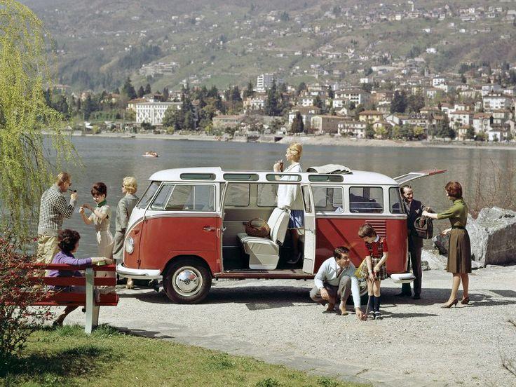 Parcheggi di altri tempi sul lago!