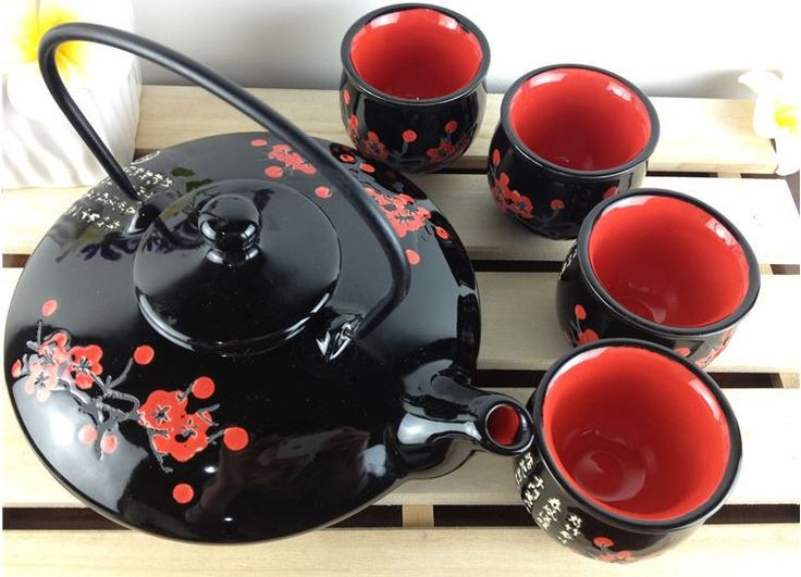 Specifications: - Set includes four cups, one teapot - Material: Fine bone china - Dishwasher safe - Microwave Safe: No - Weight: 6 lbs - Comes with gift box - Capacity: Teapot 970ml Teacup 50ml - Dim