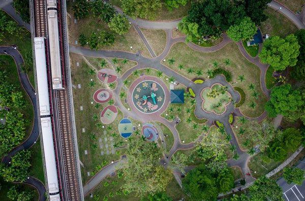 perierga.gr - Παιδικές χαρές στη Σιγκαπούρη από ψηλά!
