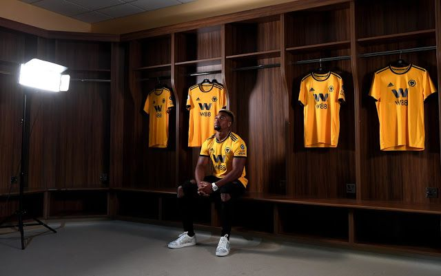 Official Wolves Sign Adama Traore From Middlesbrough For 18m Middlesbrough Wolf Lionel Messi