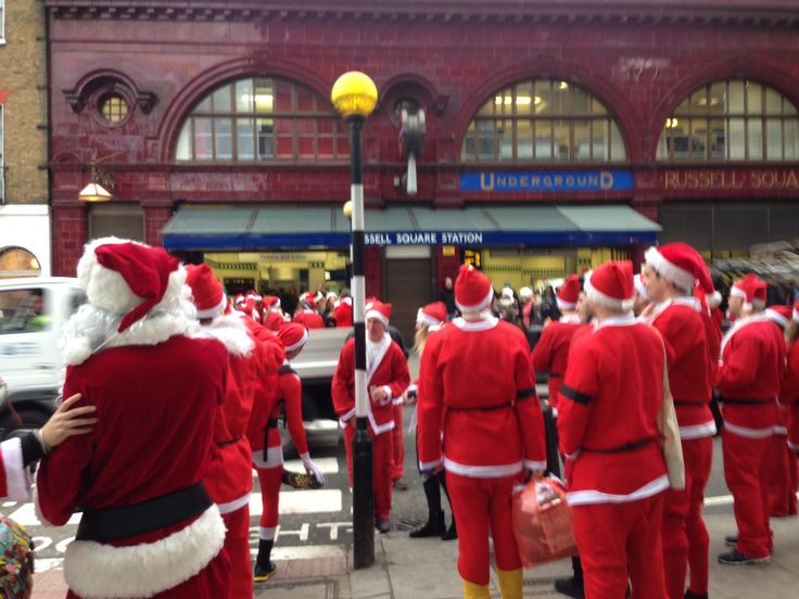 santa gets the tube to lapland
