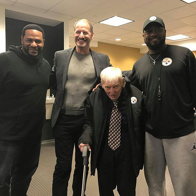 Epic! #BBSG #StillerGang #Steelers #nfl @Regrann from @teresavarley - Love this group - Jerome Bettis, Bill Cowher, Dan Rooney and Mike Tomlin. #steelers #legends #pittsburgh #football #nfl #playoffs #herewego - #regrann