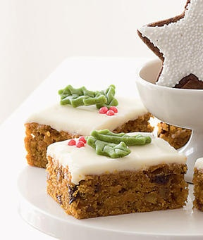 #Carrot Cake Bars Foods