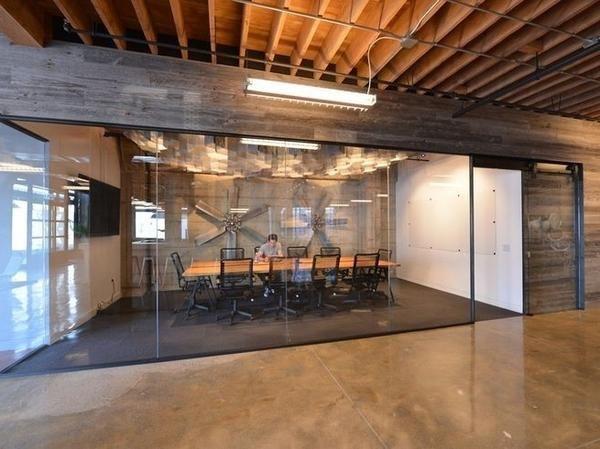 A Look Inside Iwerx Nkc S First Coworking Space Kansas City Business Journal Industrial Office Design Industrial Office Space Creative Office Space