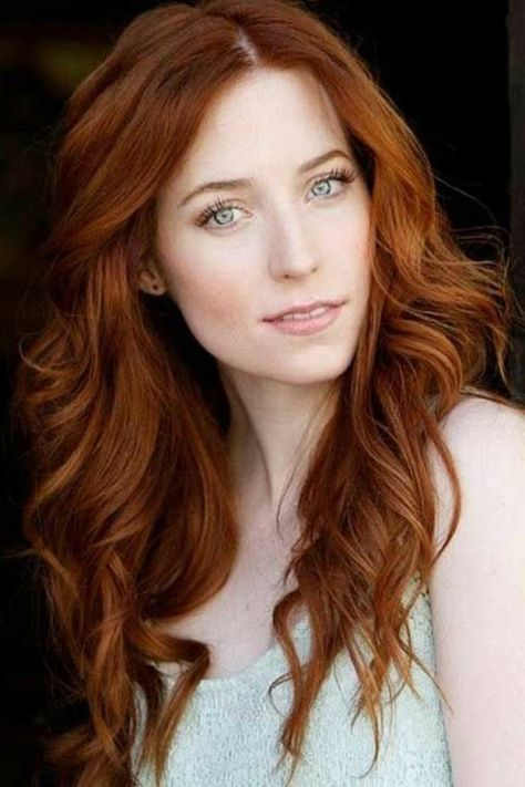couleur de cheveux auburn, maquillahe naturel pour yeux bleus