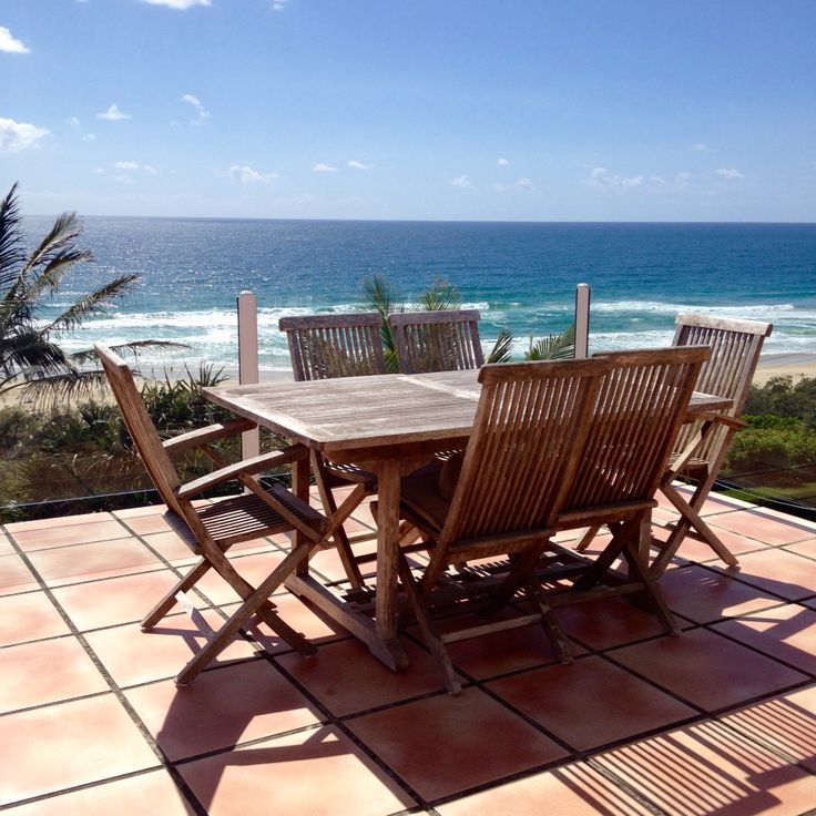 26 best noosa beach house living images on pinterest. Black Bedroom Furniture Sets. Home Design Ideas