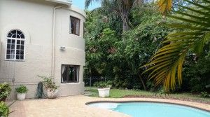 Lovely double story family home for sale, in Gonubie East London. Swimming pool, 2 living rooms. Close to shops, school, beach and amenities.