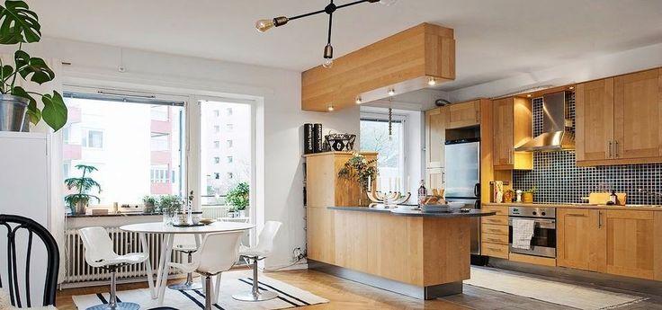 Квартира-студия может быть очень комфортным и идеальным вариантом при правильном зонировании. Хотите знать, как грамотно распорядиться 52 квадратами, чтобы не пожалеть об открытой планировке? Смотрите наш пример из Швеции
