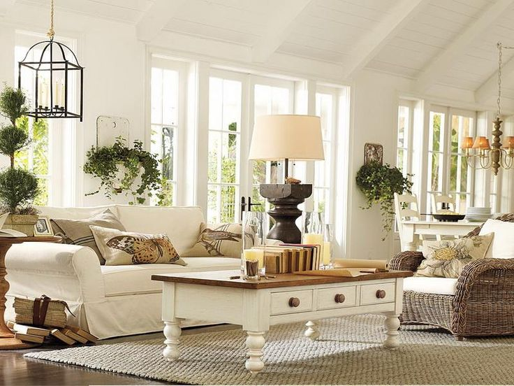 Sarah Richardson Farmhouse : Beauty Sarah Richardson Farmhouse White Sofa  In Small Living Room