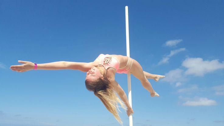 #poledance #poledancer #desk #girl #summer #pole #bikini