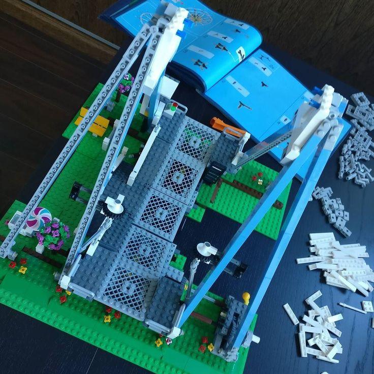 #lego #creator #city #legocity #legocreator #afol #instalego #instaafol #ferriswheel #minifigs #minifigures #set #legominifigures #legofan #legophotography #legoafol #brickcentral #bricks #brick #bricknetwork #instaafol #instalego #legostagram #lego_hub #mycollection #toyphotography #toy #wilsburg