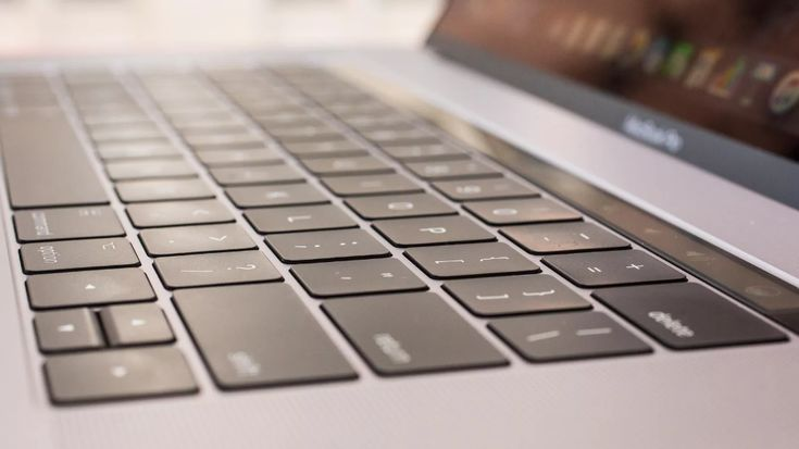 Stuck key? Learn the right way to clean your MacBook's keyboard