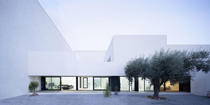 Gallery of Single Family House with Garden / DTR_Studio Arquitectos - 3