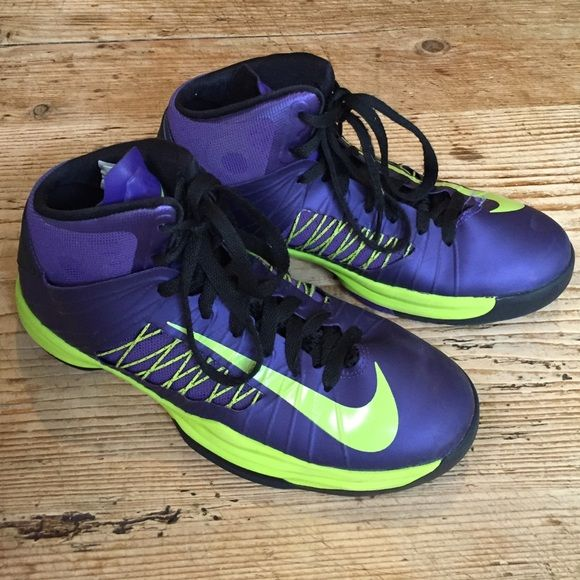 nike hyperdunk basketball shoes size 6 5 athletic shoe