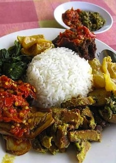 Nasi Padang is an Indonesian dish comprising of steamed white rice with various meat and vegetable dishes. Nearest outlet: Punggol Nasi Padang, Far East Plaza (Level 1). Walk: 1 minute from RP