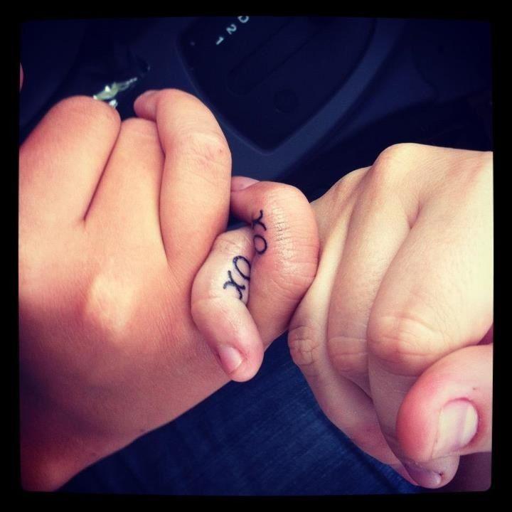 """Tattoo """"XO"""" Best Friend Matching Tattoo"""