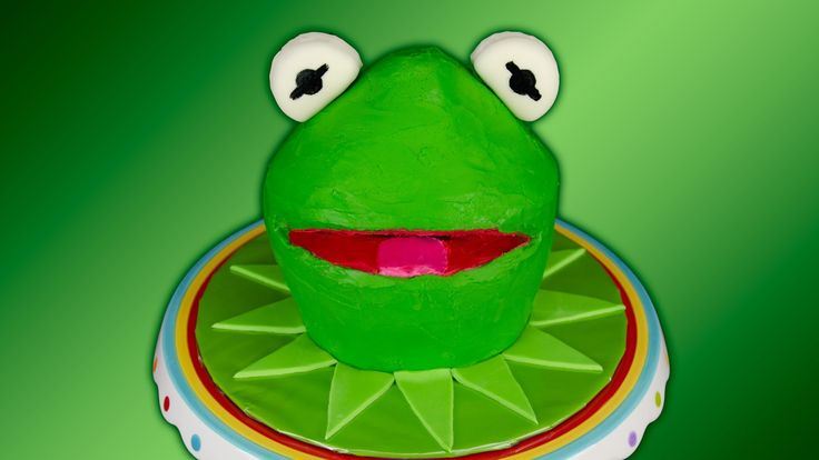 Kermit the Frog Cake / Muppets Cake using Green Velvet Cake by ...