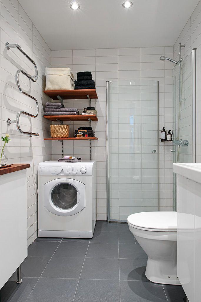Renoverat badrum med tvättmaskin/torktumlare