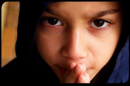 L'immenso potere della preghiera di un bambino che prega per un altro