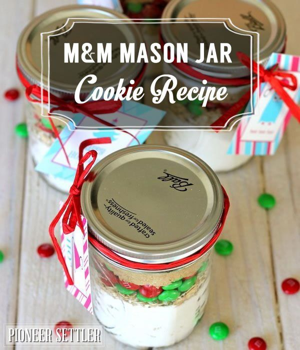 M&M Mason Jar Cookie Recipe |  DIY Homemade Gift For Christmas by Pioneer Settler at http://pioneersettler.com/mason-jar-cookie-recipes-mm-cookies/