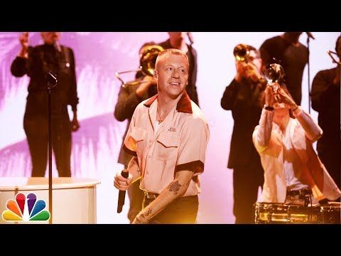 The Tonight Show Starring Jimmy Fallon: Macklemore ft. Skylar Grey: Glorious